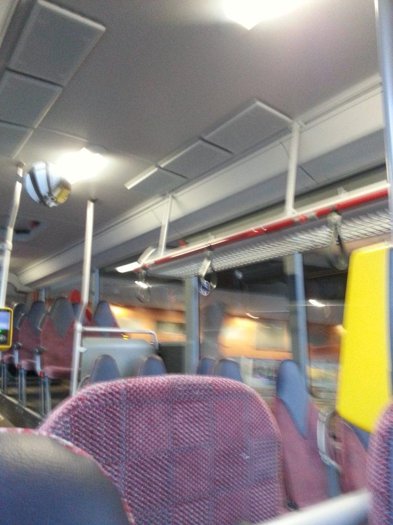 アムステルダムのバスの中