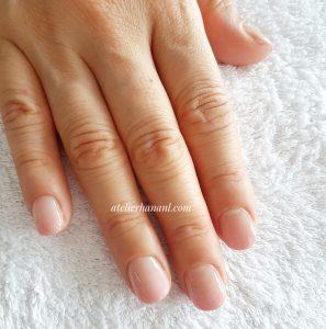pink ombre natural nail