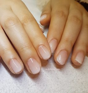 White ombre nails in amsterdam