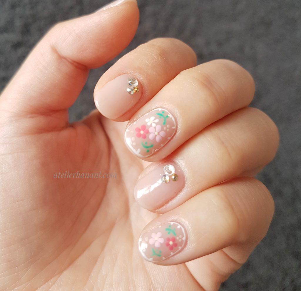花柄ジェルネイル