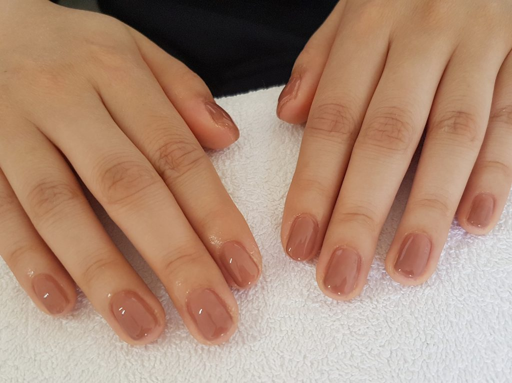 gel nail beige one color